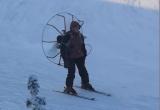 В Салехарде «Карлсон» прокатился на лыжах (ВИДЕО)