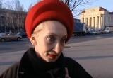 Горожанка хотела продать шапку, но вместо этого лишилась своих сбережений