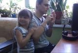 В Новом Уренгое собирают деньги на слуховой аппарат для Матвея Кубышкина