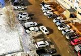 Город плывет: новоуренгойцы жалуются на лужи во дворах (ФОТО, ВИДЕО, ОПРОС)