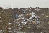 Новоуренгойка пожаловалась на горы мусора в городском накопителе (ФОТО)