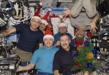 Космонавты отметят Новый год 16 раз. Что в меню?