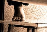 В Сургуте расследуются загадочные самоубийства детей-сирот