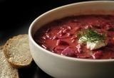 Незамужним девушкам срочно надо выучить рецепт борща: россияне назвали свои любимые супы (ОПРОС)