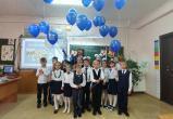 «Дети вместо цветов»: второклашки из Нового Уренгоя присоединились к всероссийской доброй акции (ФОТО)