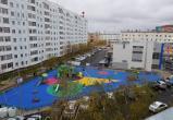 Новый Уренгой завершает благоустройство дворовых территорий (ФОТО)