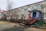 Жители Салехарда жалуются на дрожащие по ночам дома и боятся обрушения (ФОТО)