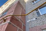 «Ждут, пока рванет»: житель Нового Уренгоя пожаловался на согнутую газовую трубу (ФОТО)