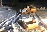 В гаражном кооперативе Надыма развели свалку (ФОТО)
