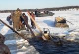 На Ямале снегоход провалился под лед: водитель и пассажир погибли (ФОТО)