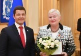 Дмитрий Артюхов наградил ямальцев почетными званиями (ФОТО)
