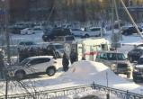 В Новом Уренгое умер мужчина за рулем движущегося автомобиля (ФОТО, ВИДЕО)