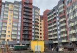 Жительница Нового Уренгоя купила квартиру в Питере и не может в нее заехать уже 15 лет